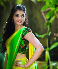 Here u all can c regular updates of all our favorite actress in saree. Beautiful Girl Photo, Beautiful Girl Indian, Most Beautiful Indian Actress, Beautiful Saree, Beautiful Lips, Gorgeous Women, Beauty Full Girl, Beauty Women, Beauty Girls