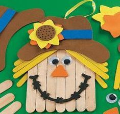Fun Kids Fall Crafts - Wood Craftstick Scarecrow Banner Craft Kit - Fall Crafts For Kids Popsicle Stick Crafts, Craft Stick Crafts, Wood Crafts, Easy Crafts, Diy And Crafts, Arts And Crafts, Paper Crafts, Fall Crafts For Kids, Thanksgiving Crafts