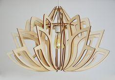 Le Luminaire Lotus sinspire de la nature pour vous donner une ambiance végétale, qui transforme vos espaces de vie en un havre de paix.  Luminaire 100% bois. Fabriqué en France.  Dimension : Moyen : 36 cm x 50 cm Grand : 47 cm x 68 cm  Middle size : 14 x 20 inches Big size : 18.5 x 27 inches