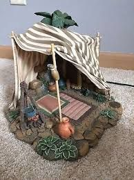 Resultado de imagen para kings tent fontanini Christmas Nativity Scene, A Christmas Story, Fontanini Nativity, Diy Tent, Miniture Things, Christmas Goodies, Decorative Tile, Diy And Crafts, Projects To Try