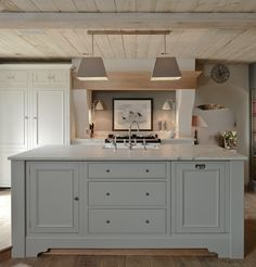 Neptune Fulham - Stunning Hand Painted & Solid Oak Kitchens