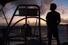 La photo du 6 octobre 2021 du site unoeilsurlaterre.com Photos Du, Grenadines, Outdoor Gear, Tent, Sailboats, October, Store, Tents