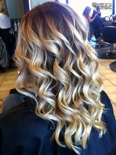 love these type of curls, just tried Beck's curling wand this weekend and loved it! Gotta get one soon!