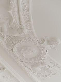 plaster ornamentation