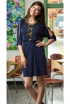 Split sleeve nursing dress {navy}