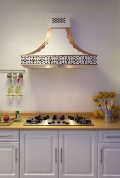 Bellísima campana de cocina Guadalajara, contrasta colores, figuras y formas. Destaca tu cocina.