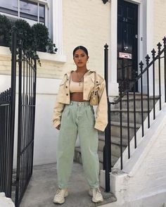 Find images and videos about fashion, outfit and clothes on We Heart It - the app to get lost in what you love. Fashion 2020, Look Fashion, 90s Fashion, Fashion Outfits, Black Girl Fashion, Cute Casual Outfits, Retro Outfits, Vintage Outfits, Looks Kim Kardashian