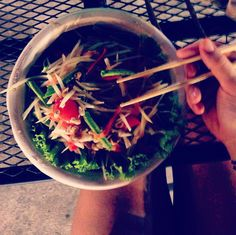 First papaya salad in Thailand 👅 I'm glad I asked for it to be mild 🔥 Chiang Mai, Japchae, Thailand, Food Porn, Salad, Ethnic Recipes, Travel, Viajes, Salads