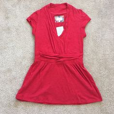 NWT Anthropologie top sz xs Beautiful bright red top by deletta ! 100% cotton Anthropologie Tops