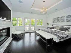 i love this bedroom! dark floors, light walls, TV built into wall, chandelier! Modern Bedroom, Home, Bedroom Inspirations, Home Bedroom, House Design, Black White Bedrooms, Modern Bedroom Inspiration, Beautiful Bedrooms, Awesome Bedrooms