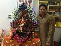 Lord Ganpati: Celebrities selfie with ganpatiji | Ganesh Names, Ganesh Mantra, Ganesh Wallpapers, Ganesh Images, Ganesh Photos, Ganesh Bhajans, Ganesh Temples, Ganesh Aarti