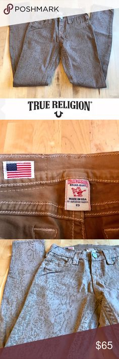 """True Religion Tan Snakeskin Jeans Fabulous snakeskin patterned """"Halle"""" style skinny jeans by True Religion in a versatile tan shade.  Five pocket style, belt loops at waist, inseam is 29"""".  Excellent preowned condition. True Religion Jeans Skinny"""