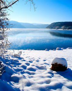 lac de vouglans (jura - france) de sam halbert