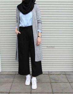 New fashion hijab style simple muslim ideas fashion style best fashion hijab casual chic ideas fashion Hijab Chic, Hijab Elegante, Casual Hijab Outfit, Ootd Hijab, Casual Hijab Styles, Casual Jumpsuit, Casual Clothes, Casual Outfits, Classy Outfits