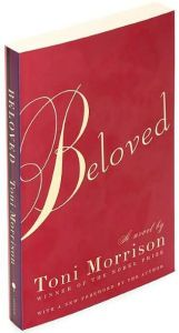 In this book, Toni Morrison projects the dehumanizing effects of slavery. She examines the mental and physical trauma caused by slavery and its lingering effect on its survivors. Beloved Toni Morrison, African American Literature, Book Bar, Famous Novels, Beloved Book, I Love Books, Read Books, Book Summaries, Book Nooks