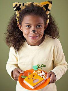 Halloween Treats Kids Can Make: Jack-o'-Lantern Sandwiches (via Parents.com)