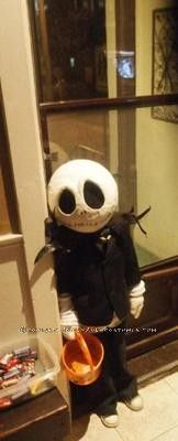 Coolest Jack Skellington Costume... This website is the Pinterest of costumes