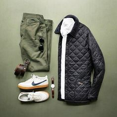 Perfect way to fit in a Barbour Heritage padded jacket in a casual outfit. Picture by @thepacman82