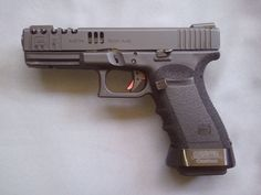 Glock 20 (custom) in 10mm, bad-ass big bore