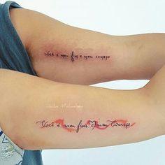 Foto Tatuagem no Braço 32 Mini Tattoos, Samara, Future Tattoos, Tatoos, Tattoo Quotes, Piercings, Arm Tattoos, Cute Little Tattoos, Delicate Feminine Tattoos