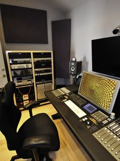 Contemporary Music Studio Design, Pictures, Remodel, Decor and Ideas - page 3