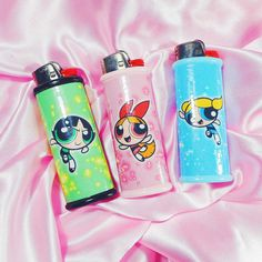 And everything nice. These were the ingredients chosen to create the perfect little girl. THE POWERPUFF GIRLS Matching Bic Bic Lighter, Lighter Case, Bad Girl Aesthetic, Pink Aesthetic, Diy Resin Tray, Hello Kitty, Glass Pipes And Bongs, Cool Lighters, Stoner Art
