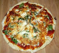 March is Family Dinner Time! Fried Goat Cheese, Goat Cheese Pizza, Air Fry Recipes, Pizza Recipes, Perfect Pizza, Perfect Food, Pate A Pizza Fine, Phillips Air Fryer, 30 Min Meals