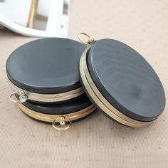 $19.88 (Buy here: https://alitems.com/g/1e8d114494ebda23ff8b16525dc3e8/?i=5&ulp=https%3A%2F%2Fwww.aliexpress.com%2Fitem%2FHigh-Quality-Round-Box-Metal-opening-Bags-DIY-Sewing-Material-Women-Bag-Accessories-Purse-Frame-Mouth%2F32727404112.html ) High Quality Round Box Metal-opening Bags DIY Sewing Material Women Bag Accessories Purse Frame Mouth Gold Kiss Clasp Coin Purse for just $19.88