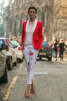 Relaxed Chic Street Style Milano Fashion Week.
