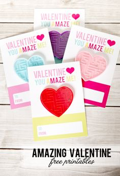 Click through for 35 ADORABLE Valentine card ideas that you can print at home! Homemade Valentine cards are cute and easy to make. Diy Valentines Cards, Valentines Day Party, Valentines For Kids, Valentine Crafts, Valentine Ideas, Printable Valentine, Saint Valentine, Printable Tags, Las Vegas