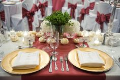 rehearsal dinner table setting / bells of ireland / white pumpkins / white hydrangea
