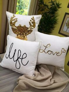 @Lilyshop with Jessie Jane with Jessie Jane crafts #sequin-embellished #pillows to decorate your #sofa, #bed, and more. #homeandfamily #homeandfamilytv #glitter #DIY