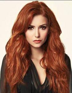 Red petrova is the twin sister of Tatia petrova. Beautiful Red Hair, Beautiful Eyes, Red Heads Women, Red Hair Woman, Long Red Hair, Gorgeous Redhead, Redhead Girl, Auburn Hair, Grunge Hair