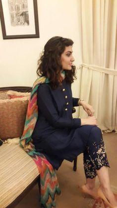 Blue Silk Trendy Punjabi Salwar Kameez would change the scarf to something more neutral like a tan to make embellishments Pakistani Outfits, Indian Outfits, Pakistani Fashion Casual, Pakistani Clothing, Indian Attire, Indian Wear, Desi Wear, Pakistan Fashion, Desi Clothes