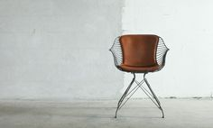 Overgaard-Dyrman_Wire-Dining-Chair_cognac_front
