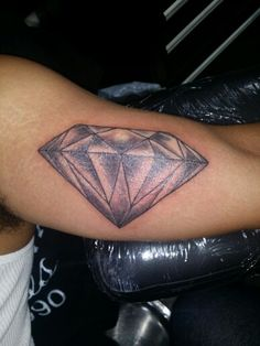 Dimond tattoo by Star Bksfinestink.com currently working at chucky's infamous tattoos bronx ny 347-270-9090