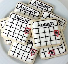 LOVE this idea! And they are based in DC!!  Save the Date Calendar Cookies by DistrictDesserts on Etsy, $32.00