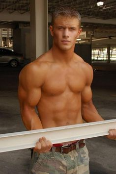 gay young muscle porn