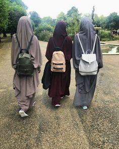 Our fav pic 😍 Arab Girls Hijab, Girl Hijab, Muslim Girls, Muslim Couples, Muslim Women, Hijab Fashion 2016, Niqab Fashion, Hijab Niqab, Mode Hijab