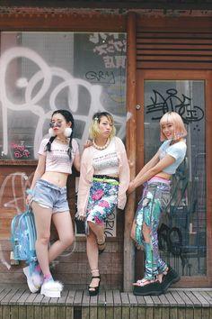 [Street Style] Rina & Eriko & Momo   BUBBLES   Harajuku (Tokyo)