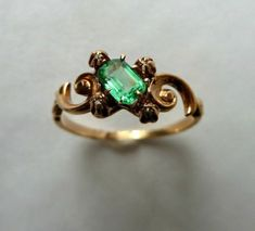 Antiques Jewelry Antique Emerald and Diamond Cluster Ring Antique old mine cut diamond and emerald ring Vintage Asymmetrical Design Victorian Jewelry, Antique Jewelry, Vintage Jewelry, Antique Gold, Jewelry Rings, Jewelry Accessories, Jewelry Design, Jewlery, Key Jewelry