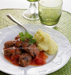 meatball sausages smyrna style soutzoukakia smyrneika