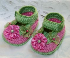 "Luxurious rose bloom/green crochet 3 1/4"" booties for reborn baby doll"