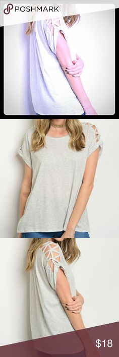 """🆕 Comfy Cutout Shoulders🌚 Grey Top ✌Super cute relaxed tee with a gorgeous cut out design on shoulder. ✌  🌻Fabric Content: 65% COTTON 35% POLYESTER🌻  🌻Sizes S-M-L🌻  🌻Description: L: 26"""" B: 36"""" W: 34""""🌻  ↘checkout the rest of my closet!↙     www.poshmark.com/chicsteeet chicstreet boutique Tops Tees - Short Sleeve"""
