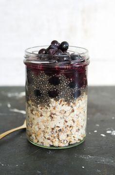 pink smoothie overnight oats mit crunchy mandelgranola werbung tchibode rezepte foodblog. Black Bedroom Furniture Sets. Home Design Ideas