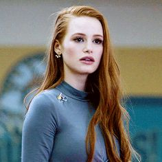 aesthetic, character, and riverdale image Cheryl Blossom Riverdale, Riverdale Cheryl, Riverdale Cast, Madelaine Petsch, Ginger Girls, Beautiful Redhead, Fair Skin, Girl Crushes, American Actress