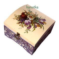 szkatułka na biżuterię decoupage