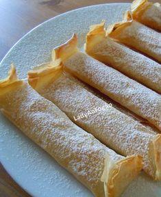 Lady ao fogão: Pastéis de Tentúgal Cookie Recipes For Kids, Easy Baking Recipes, Cooking Recipes, Portuguese Desserts, Portuguese Recipes, Portuguese Food, Easy Desserts, Dessert Recipes, Breakfast Dessert
