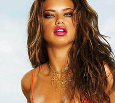 Image from http://stuffpoint.com/makeup/image/35251-makeup-sexy-summer-makeup.jpg.