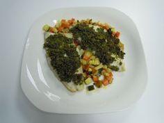 Lubina con pesto de pistachos y verduras asadas (ASADOR)   Estuches y moldes Lekue a la venta aquí: http://www.cornergp.com/tienda?bus=lekue